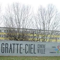 Gratte-Ciel, histoire de deux chantiers