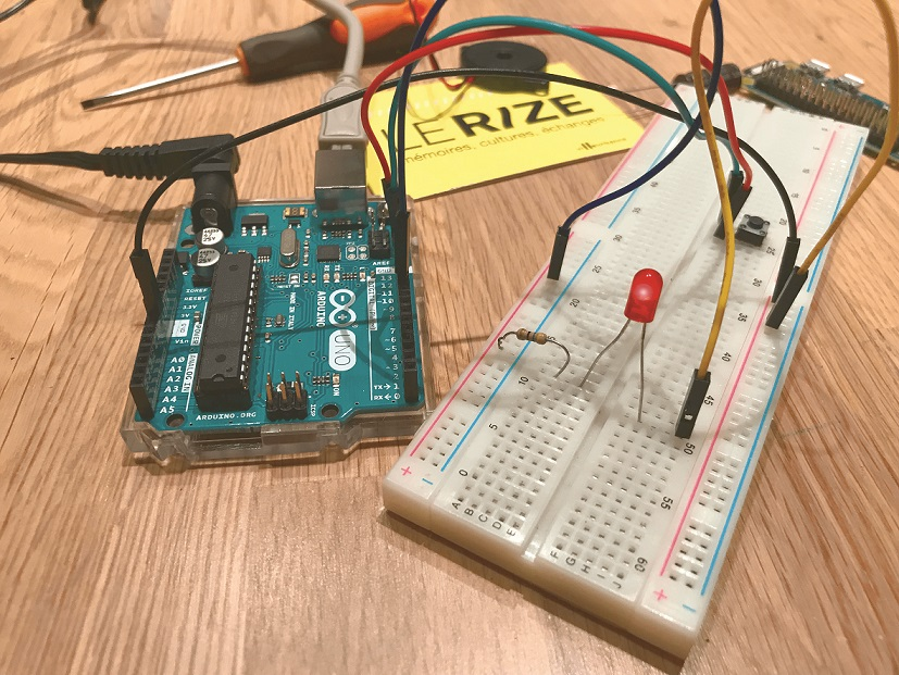 PRÊTS !? CODEZ ! - On code un robot dingo !